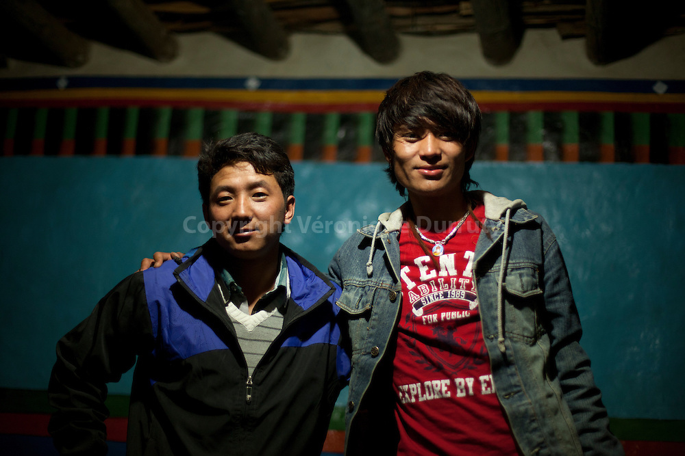"""Tenzin is a young Lo-Ba, who left his family 1 year ago to study in Katmandhou. He is back for the first time in his village in Upper Mustang, """"The forbidden Kingdom"""""""