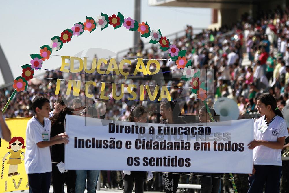SAO PAULO, SP, 07.09.2013 - DESFILE 7 DE SETEMBRO SP - Exército brasileiro durente o desfile que acontece no Anhembi zona norte de São Paulo neste sábado (07) (Foto: Marcelo Brammer / Brazil Photo Press).