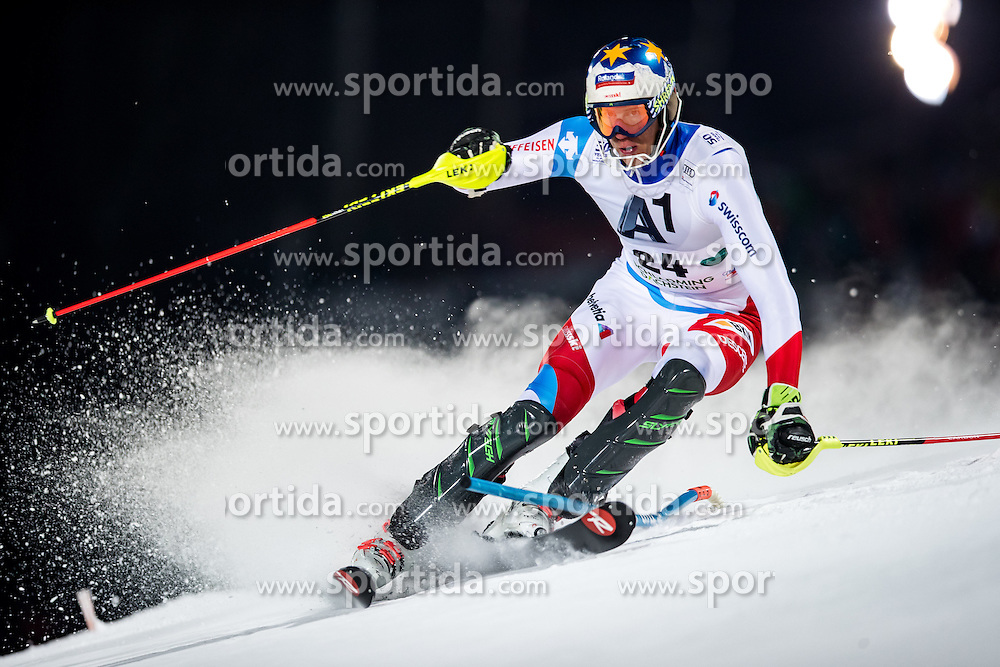 24.01.2017, Planai, Schladming, AUT, FIS Weltcup Ski Alpin, Schladming, Slalom, Herren, 1. Lauf, im Bild Ramon Zenhaeusern (SUI) // Ramon Zenhaeusern of Switzerland in action during his 1st run of men's Slalom of FIS ski alpine world cup at the Planai in Schladming, Austria on 2017/01/24. EXPA Pictures © 2017, PhotoCredit: EXPA/ Johann Groder