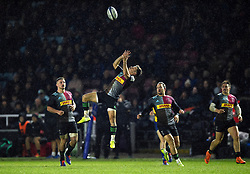Michele Campagnaro of Harlequins looks to claim the ball in the air - Mandatory byline: Patrick Khachfe/JMP - 07966 386802 - 23/11/2019 - RUGBY UNION - The Twickenham Stoop - London, England - Harlequins v Bath Rugby - Heineken Champions Cup