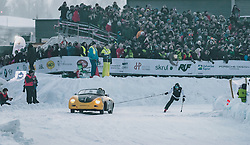 01.02.2020, Flugplatz, Zell am See, AUT, GP Ice Race, im Bild Skijöring // Skijoring during the GP Ice Race at the Airfield, Zell am See, Austria on 2020/02/01. EXPA Pictures © 2020, PhotoCredit: EXPA/ JFK