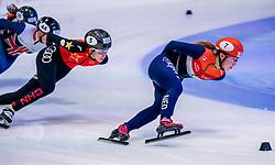 06-10-2017 NED: ISU Shorttrack WC2017, Dordrecht<br /> 1000m / Suzanne Schulting kwalificeert zich voor de kwartfinales