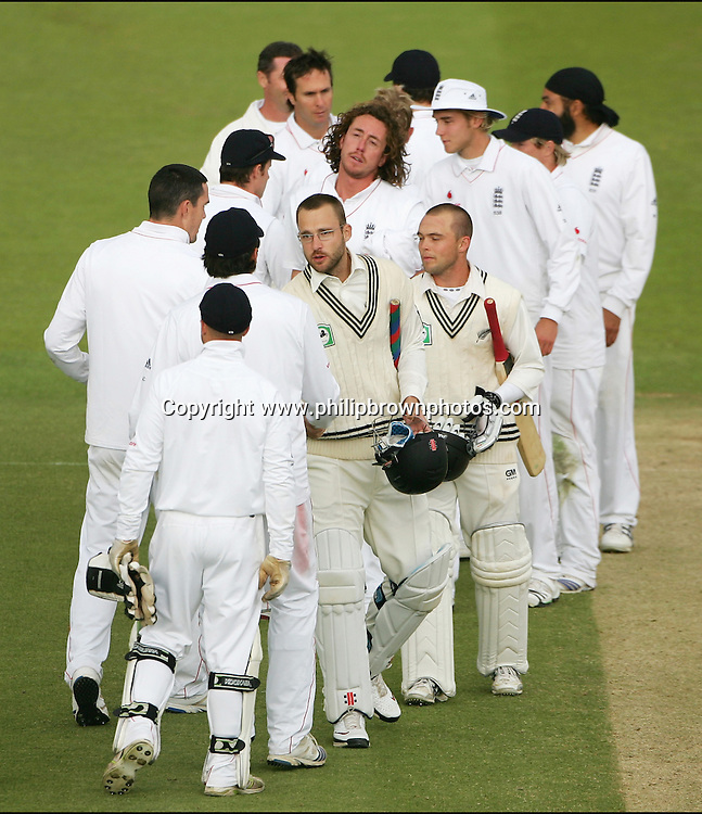 The players shake hands after the match after the game finished in a draw on the fifth and last day of the first test at Lord's on the 19th of May 2008.<br /> England v New Zealand<br /> Picture by Philip Brown<br /> 07768 485635<br /> www.philipbrownphotos.com<br /> email : philipbrown200@yahoo.co.uk