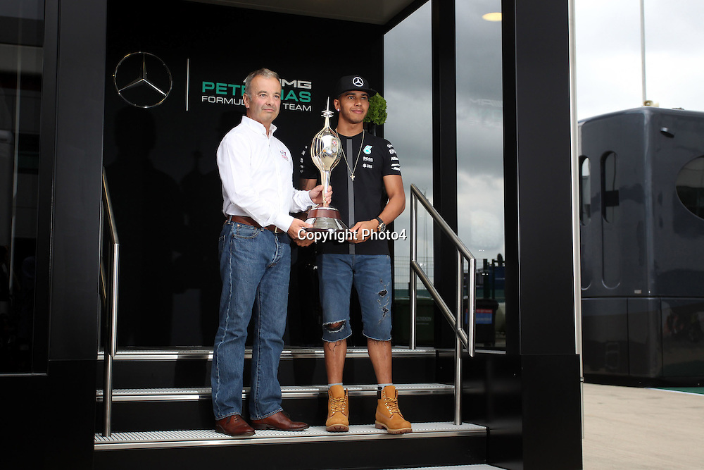 &copy; Photo4 / LaPresse<br /> 02/07/2015 Silverstone, England<br /> Sport <br /> Grand Prix Formula One England 2015<br /> In the pic: <br /> Lewis Hamilton (GBR) Mercedes AMG F1 W06