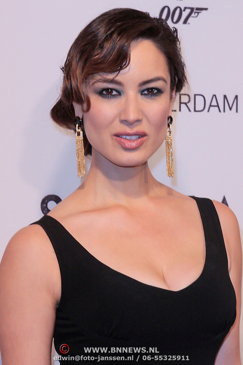 NLD/Amsterdam/20121028 - Inloop premiere nieuwe James Bond film Skyfall ,Berenice Marlohe