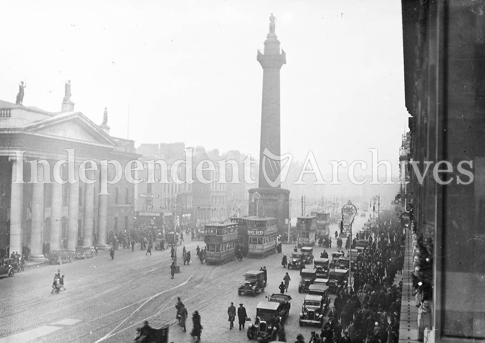 A panorama of O'Connell St, 1920s. Originally Sackville St, it was renamed in the 1920s. (Part of the Independent Newspapers Ireland/NLI Collection)