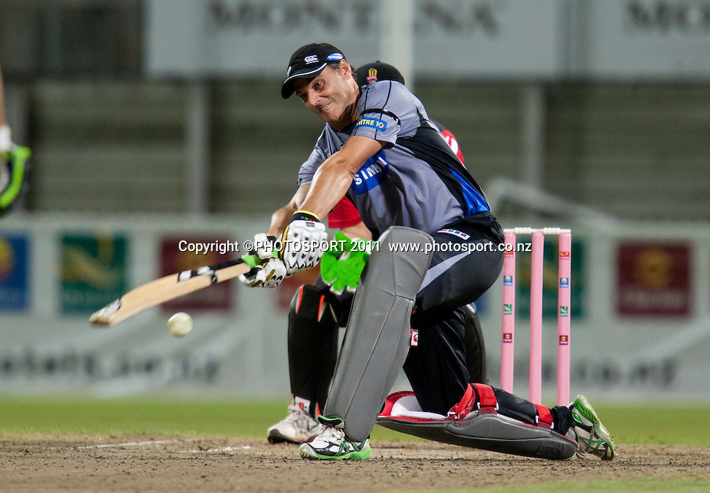 Bryan Young bats during the Titans International Twenty20 Cricket, Samsung NZCPA Masters XI v Australia, Seddon Park, Hamilton, New Zealand, Thursday 24 February 2011. Photo: Stephen Barker/PHOTOSPORT