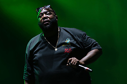 © Licensed to London News Pictures. 28/08/2015. Reading Festival, UK.  Run the Jewels performing at Reading Festival 2015 28 August 2015 Day 1.  In this picture - Killer Mike.  Photo credit: Richard Isaac/LNP