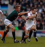 Twickenham, GREAT BRITAIN, Johan ACKERMANN, graps at Joe WORSLEY, during the, Investec 2006 Rugby Challenge, England vs South Africa, at Twickenham Stadium, ENGLAND on Sat 25.11.2006. [Photo, Peter Spurrier/Intersport-images]