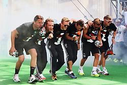 15.07.2014, Brandenburger Tor, Berlin, GER, FIFA WM, Empfang der Weltmeister in Deutschland, Finale, im Bild So gehn die Gauchos, die Gauchos die gehn so.<br /> vl. Roman Weidenfeller (GER), Benedikt Hoewedes (GER), Andre Schuerrle (GER), Miroslav Klose (GER), Mario Goetze (GER) und Bastian Schweinsteiger (GER) // during Celebration of Team Germany for Champion of the FIFA Worldcup Brazil 2014 at the Brandenburger Tor in Berlin, Germany on 2014/07/15. EXPA Pictures © 2014, PhotoCredit: EXPA/ Eibner-Pressefoto/ Pool<br /> <br /> *****ATTENTION - OUT of GER*****