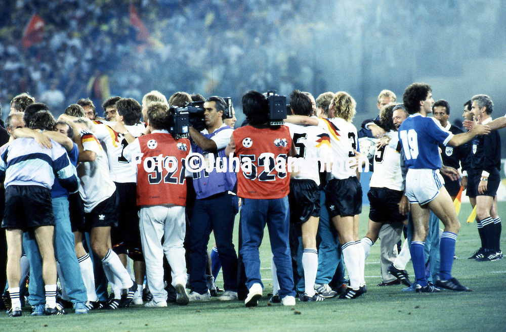 FIFA World Cup - Italia 1990<br /> Stadio Olimpico, Rome, Italy.<br /> Final Argentina v West Germany.<br /> German celebrations at the end of the match.