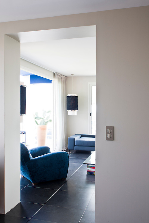 In Bed With Canaille - An exclusive production by Denis Dalmasso - Cassis - France.<br /> A small flat redesigned by Beatrice Recoing, Interiors architect in Marseille.