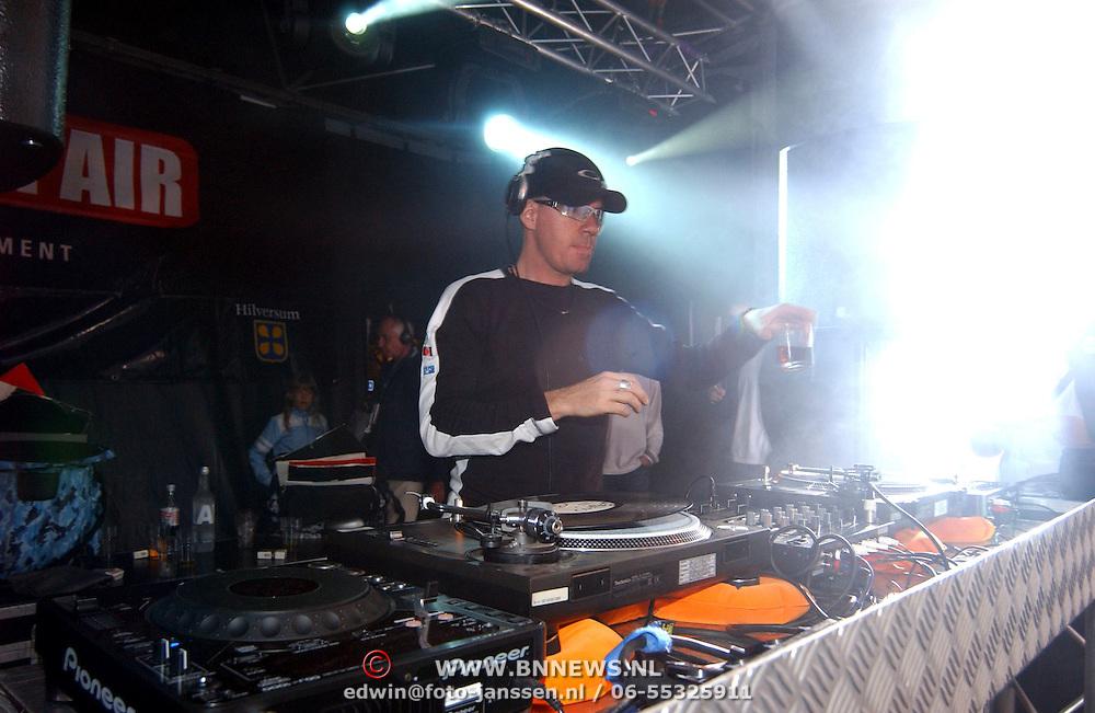 Hilversum Onair 2003, optrden DJ Jean, Jan Engelaar