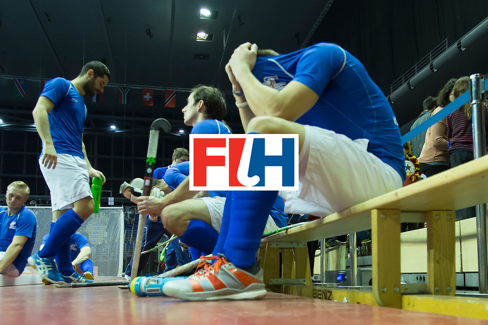 Hockey, Seizoen 2017-2018, 09-02-2018, Berlijn,  Max-Schmelling Halle, WK Zaalhockey 2018 MEN, Iran - Czech Republic 2-2 Iran Wins after shoutouts, disappointed player Czech Republic