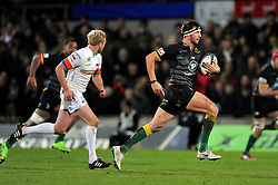 Tom Wood of Northampton Saints goes on the attack - Photo mandatory by-line: Patrick Khachfe/JMP - Mobile: 07966 386802 13/12/2014 - SPORT - RUGBY UNION - Northampton - Franklin's Gardens - Northampton Saints v Treviso - European Rugby Champions Cup