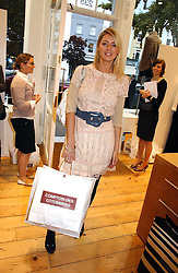 TESS DALY at the launch party for the Comptoir des Cotonniers boutique, 235 Westbourne Grove, London W11 on 25th October 2006.<br /><br />NON EXCLUSIVE - WORLD RIGHTS