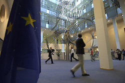 BRUSSELS, BELGIUM - MAY-09-2006 - The lobby of the European Parliament where MEP's , politicians and lobbyists often meet to discuss business and make deals. (PHOTO © JOCK FISTICK)<br />