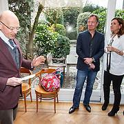 NLD/Amsterdam/20150331 - Boekpresentatie Altijd Viareggio van Rick Nieman, Rick Nieman en partner Sacha de Boer, Wim T Schippers
