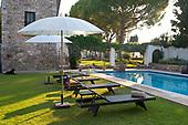 Mediterranean Garden 683