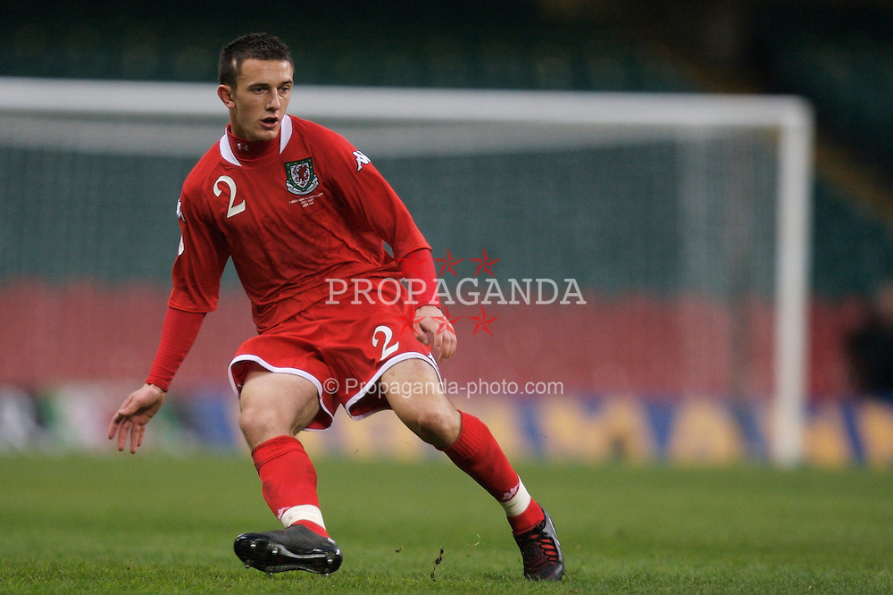 CARDIFF, WALES - Saturday, November 17, 2007: Wales' Neal Eardley in action against the Republic of Ireland during the UEFA Euro 2008 Qualifying Group D match at the Millennium Stadium. (Pic by David Rawcliffe/Propaganda)