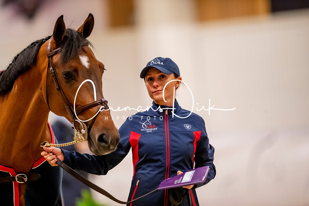 Bloomberg Georgina, USA, Charmeur 137<br /> LONGINES FEI World Cup™ Finals Gothenburg 2019<br /> © Dirk Caremans<br /> 02/04/2019
