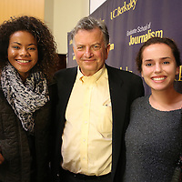 "Lowell Bergman poses with high school journalism students Cassie Baloue and Natalie Hawthorne during the ""Prosecuting the Press"" event at the UC Berkeley Graduate School of Journalism in Berkeley, California, on Thursday, November 14, 2013. (AP Photo/Alex Menendez)"