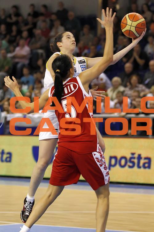 DESCRIZIONE : Brno Repubblica Ceca Czech Republic Women World Championship 2010 Campionato Mondiale Preliminary Round Argentina Russia<br /> GIOCATORE : Paula REGGIARDO<br /> SQUADRA : Argentina<br /> EVENTO : Brno Repubblica Ceca Czech Republic Women World Championship 2010 Campionato Mondiale 2010<br /> GARA : Argentina Russia<br /> DATA : 25/09/2010<br /> CATEGORIA : tiro<br /> SPORT : Pallacanestro <br /> AUTORE : Agenzia Ciamillo-Castoria/ElioCastoria<br /> Galleria : Czech Republic Women World Championship 2010<br /> Fotonotizia : Brno Repubblica Ceca Czech Republic Women World Championship 2010 Campionato Mondiale Preliminary Round Argentina Russia<br /> Predefinita :