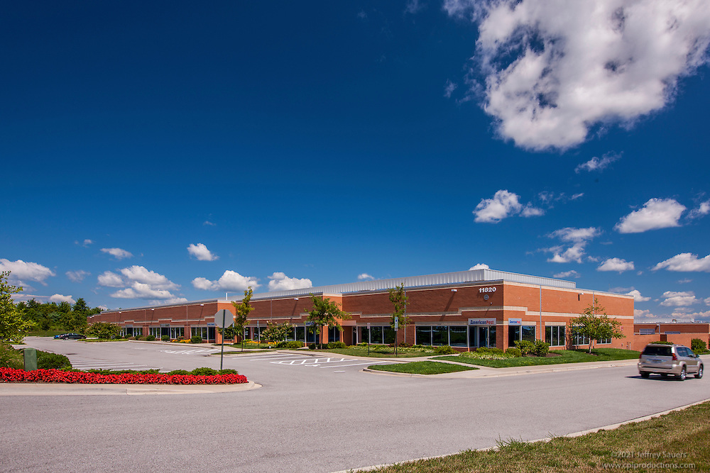 Baltimore building photography of Maple Lawn Corporate Center by Jeffrey Sauers of Commercial Photographics