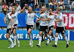 01.08.2010, , Bielefeld, GER, FIFA U-20 Frauen Worldcup, Deutschland vg Nigeria, im Bild Alexandra POPP (FCR Duisburg #11) macht das 1:0, EXPA Pictures © 2010, PhotoCredit: EXPA/ nph/  Roth+++++ ATTENTION - OUT OF GER +++++ / SPORTIDA PHOTO AGENCY