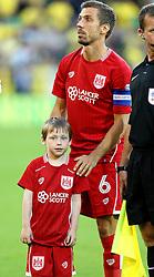 Gary O'Neil of Bristol City with mascot  - Mandatory by-line: Robbie Stephenson/JMP - 16/08/2016 - FOOTBALL - Carrow Road - Norwich, England - Norwich City v Bristol City - Sky Bet Championship