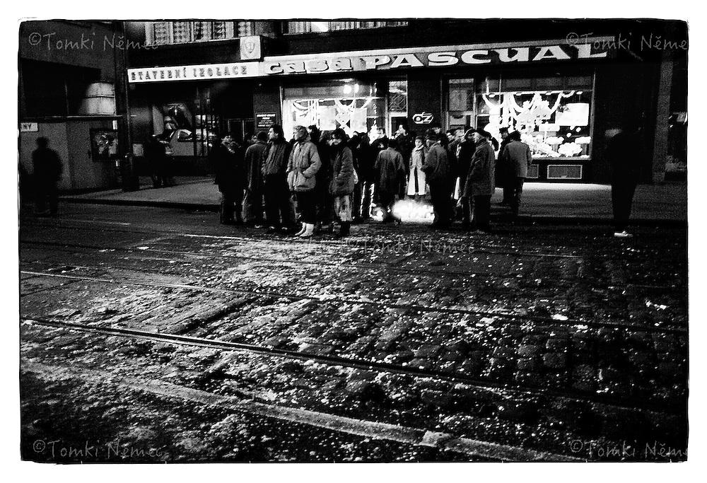 *En -Czechoslovakia, Prague, November 17, 1989 Czech students organized a demonstration to commemorate the student martyr Jan Opletal and the International Students Day. It started off as an officially-sanctioned march, but turned quickly into demonstration demanding the resignation of the country's communist government. Students were brutally beaten by riot police. This annoyed the public so much that they went on strike as well, demanding the same thing.Demonstrations, which were held afterwards, were attended by more and more people. With the growing street protests and with other communist regimes falling around, the Communist Party of Czechoslovakia finally announced on November 28 they would step out.November 17, 1989, started the so called Velvet Revolution. As a result, the first democratic elections since 1946 were held in June 1990 and brought the first completely non-communist government to Czechs and Slovaks in over 40 years. Czechoslovakia, Prague, November 17, 1989 <br /> *Cz - Studentska demonstrace k vyroci zastreleni studenta Jana Opletala (11.listopadu 1939) prerostla v otevreny odpor proti komunisticke diktature. Pokojna studentska demonstrace byla brutalne potlacena komunistickou verejnou i tajnou policii. V nasledujicich dnech se statisice lidi postavili verejne proti totalitni moci a zacal prevrat-revoluce v Ceskoslovensku. Svetovymi medii byla pojmenovana jako Velvet Revolution - Sametova revoluce, diky jejimu nenasilnemu prubehu, ktere vedlo k svrzeni komunisticke diktatury v Ceskoslovensku a jmenovani disidenta Vaclava Havla prezidentem.