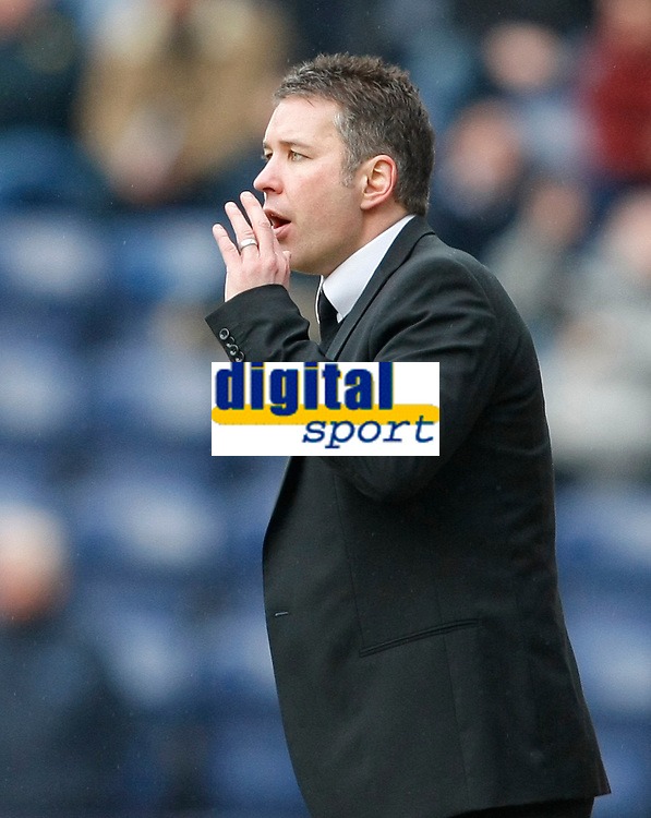 Photo: Steve Bond/Richard Lane Photography. Preston North End v Cardiff City. Coca Cola Championship. 27/02/2010. Darren Ferguson gives instruction