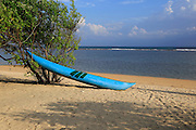 Canoe on sandy tropical beach at Pasikudah Bay, Eastern Province, Sri Lanka, Asia