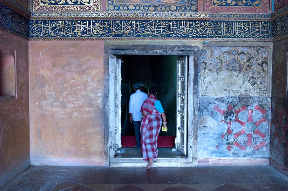 India-Agra Temple