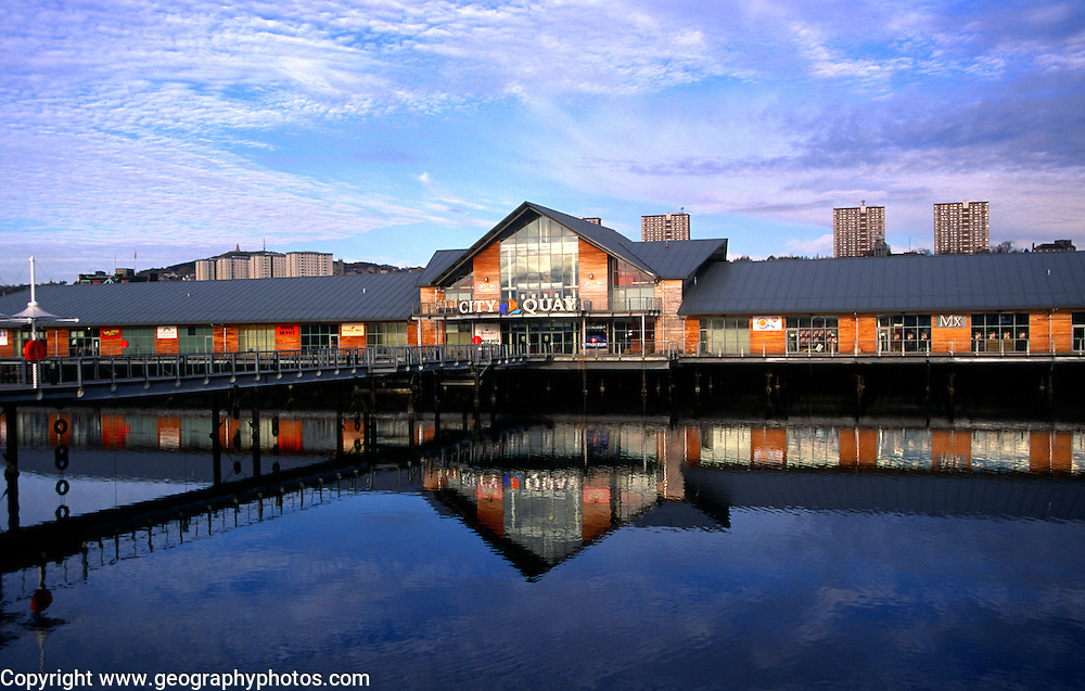 City Quay dockside shopping centre development, Dundee, Scotland