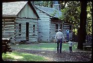 09: HERITAGE NEW SALEM VISITORS, BLACKSMITH
