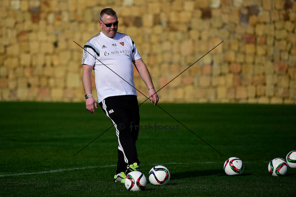 14.01.2015; Marbella; Fussball Super League - Trainingslager FC Basel - Training;<br /> Busfahrer Marcel <br /> (Andy Mueller/freshfocus)