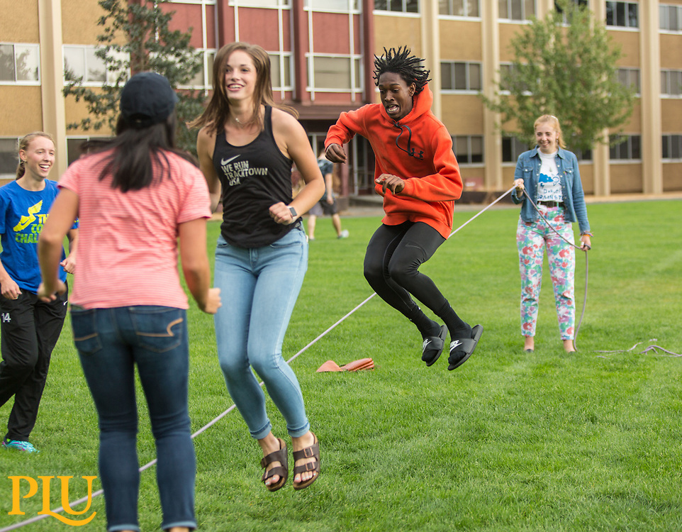 Involvement fair at PLU, Friday, Sept. 8, 2017. (Photo: John Froschauer/PLU)