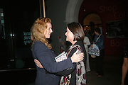Sarah, Duchess of York and Leonora van Gils, Zerbanoo Gifford: Confessions Of A Serial Womaniser - book launch party, National Portrait Gallery, St Martins Place, London, WC2, Indian human rights campaigner celebrates new publication, Confessions Of A Serial Womaniser, a book about inspirational and influential women. 20 September 2007. .-DO NOT ARCHIVE-© Copyright Photograph by Dafydd Jones. 248 Clapham Rd. London SW9 0PZ. Tel 0207 820 0771. www.dafjones.com.
