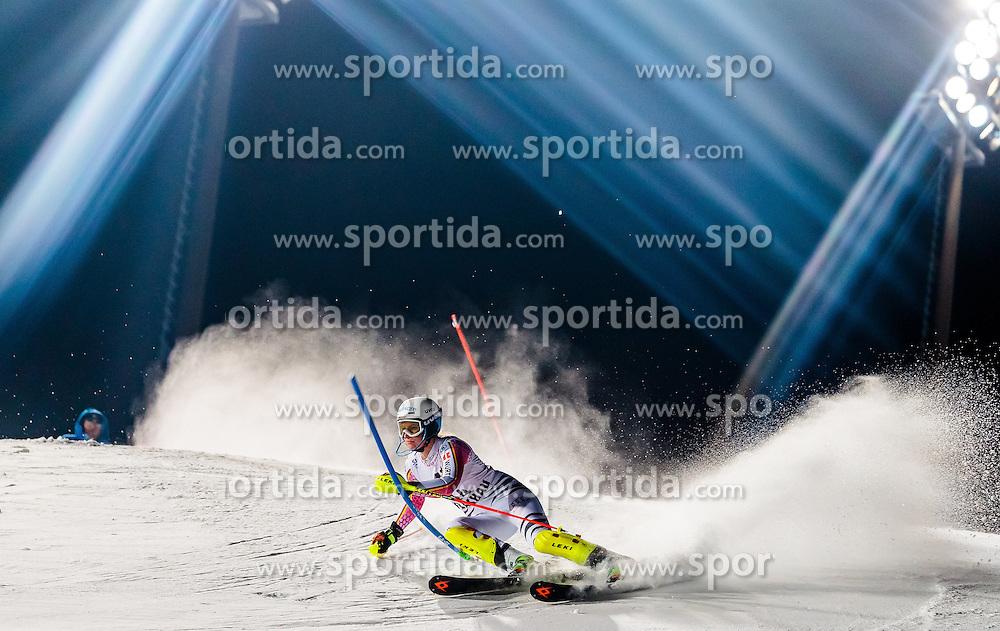 10.01.2017, Hermann Maier Weltcupstrecke, Flachau, AUT, FIS Weltcup Ski Alpin, Flachau, Slalom, Damen, 1. Lauf, im Bild Lena Duerr (GER) // Lena Duerr of Germany in action during her 1st run of ladie's Slalom of FIS ski alpine world cup at the Hermann Maier Weltcupstrecke in Flachau, Austria on 2017/01/10. EXPA Pictures © 2017, PhotoCredit: EXPA/ Johann Groder