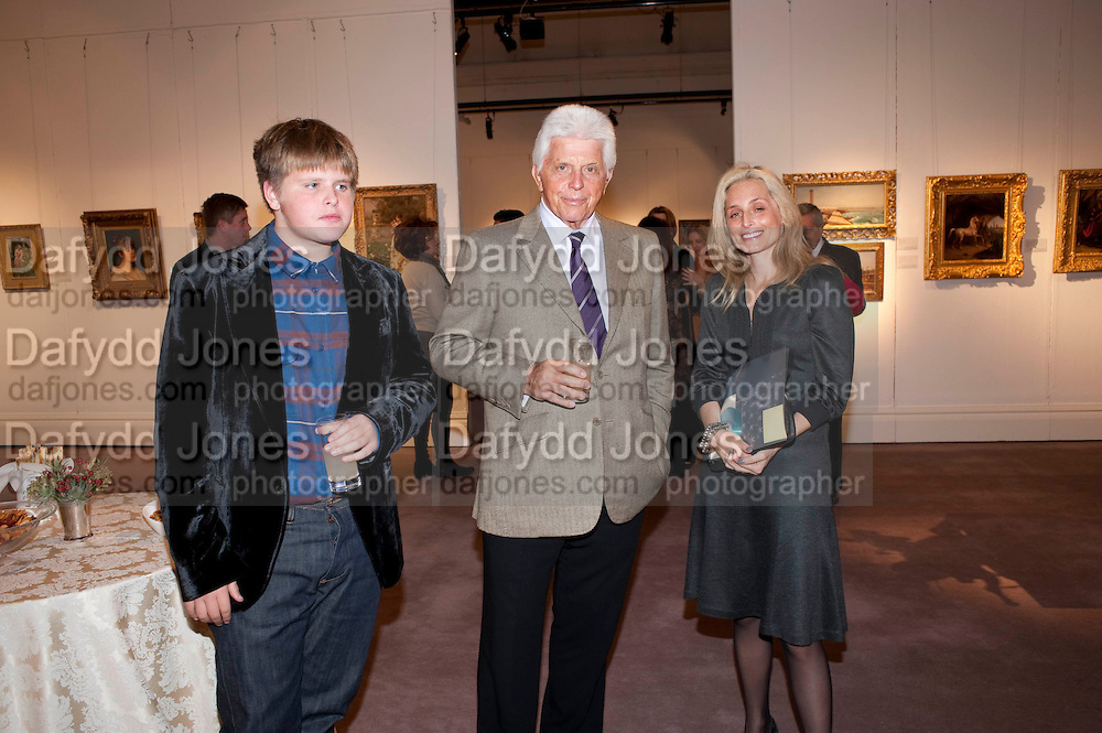 ROBERT MILLER; PIA GETTY, Book launch for ' art and Patronage: The Middle East' at Sotheby's. London. 22 November 2010. -DO NOT ARCHIVE-© Copyright Photograph by Dafydd Jones. 248 Clapham Rd. London SW9 0PZ. Tel 0207 820 0771. www.dafjones.com.