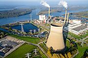 Nederland, Brabant, Geertruidenberg,  28-10-2014, Amercentrale, kolengestookte elektriciteitscentrale van Essent met karakeristieke koeltoren. De centrale verwerkt volgens de producent ook schone biomassa (voor Groene Stroom) en houtgas (voor Groen Zakelijk). De centrale ligt aan het riviertje de Amer, Biesbosch in de achtergrond.<br /> Amer power plant.<br /> <br /> luchtfoto (toeslag op standard tarieven);<br /> aerial photo (additional fee required);<br /> copyright foto/photo Siebe Swart