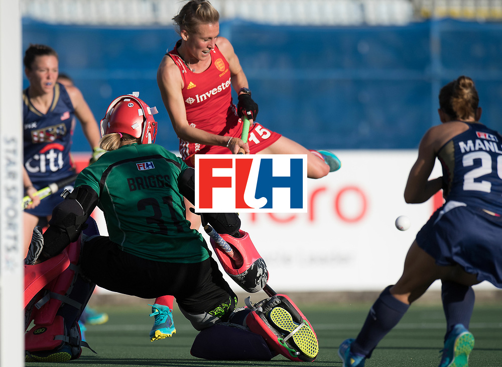 AUCKLAND - Sentinel Hockey World League final women<br /> Match id: 10304<br /> 15 USA v ENG (QF)<br /> Foto: Alex Danson(C) stopped by Jackie Briggs (Gk) <br /> <br /> WORLDSPORTPICS COPYRIGHT FRANK UIJLENBROEK