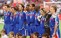 Fotball<br /> EM 2000 - Euro 2000<br /> Foto: Witters/Digitalsport<br /> NORWAY ONLY<br /> <br /> v.l. Laurent BLANC - Zinsdine ZIDANE - Youri DJORKAEFF - Patrick VIEIRA - Christophe DUGARRY - Marcel DESAILLY - Thierry HENRY -  Lilian THURAM - Bixente LIZARAZU - Fabien BARTHEZ - Didier DESCHAMPS<br /> Frankrike v Italia 2:1 n.V.