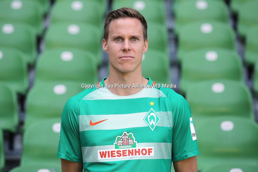 German Bundesliga - Season 2016/17 - Photocall Werder Bremen on 20 July 2016 in Bremen, Germany: Niklas Moisander. Photo: Focke Strangmann/dpa | usage worldwide
