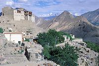 Pakistan, Northen Area, Hunza, Baltit fort at Kaimabad // Pakistan, Territoires du nord, Hunza, Fort de Baltit à Karimabad