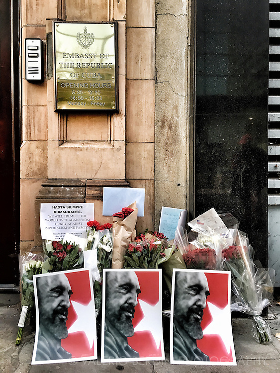 &quot;Hasta Siempre Comandante&quot; floral homages to Fidel Castro at the Cuba embassy in London on 26 November 2016, the day after Lider Maximo death. <br />