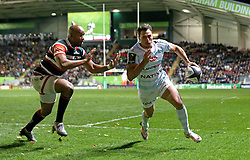 Juan Imhoff of Racing 92 runs over to score a try - Mandatory by-line: Robbie Stephenson/JMP - 23/10/2016 - RUGBY - Welford Road Stadium - Leicester, England - Leicester Tigers v Racing 92 - European Champions Cup