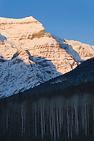 Mount Robson 3,954 m (12,972 ft), Mount Robson Provincial Park British Columbia Canada