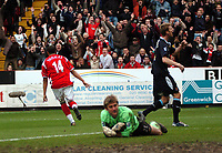 Photo: Tony Oudot.<br />Charlton Athletic v West Ham United. The Barclays Premiership. 24/02/2007.<br />Jerome Thomas of Charlton turns to celebrate his goal and Charlton's second